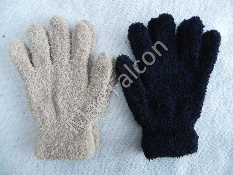 Washable set of winter gloves