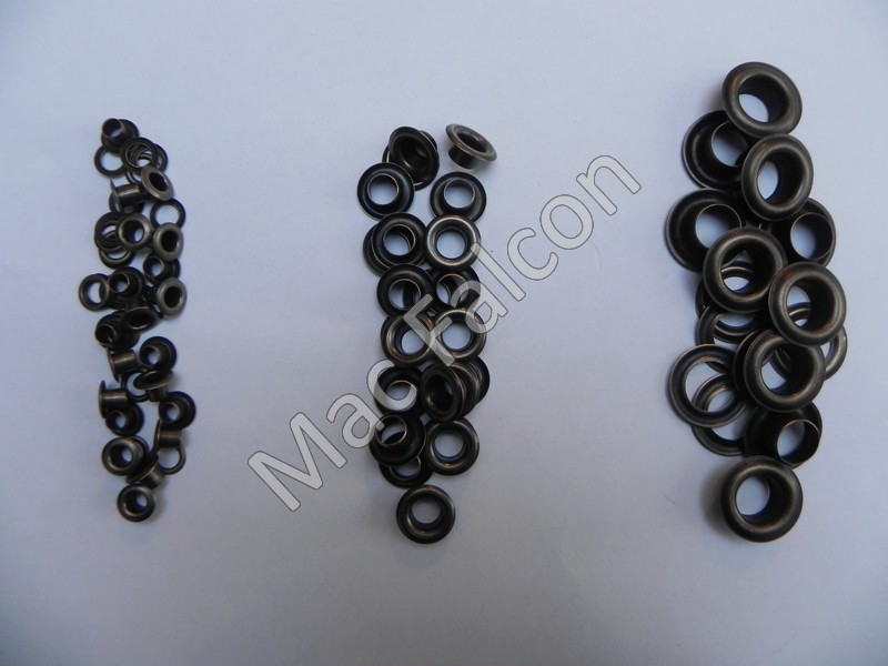 Grommets 5, 8 and 11 mm in the color bronze