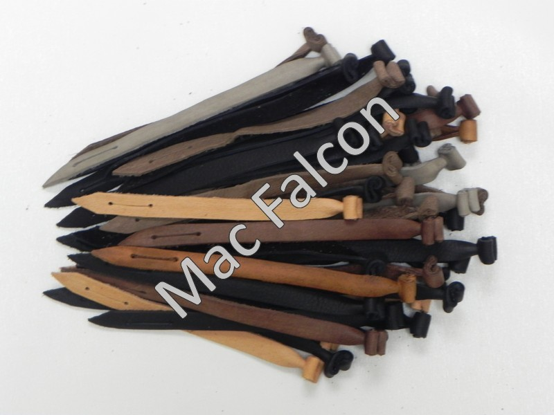 Nr 2 MAC Falcon extra strong leather straps are 18 cm long and 1,4 cm wide