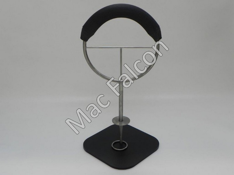 Nr.3 Rotating Indoor Hawk perch with black steel base plate with stainless steel ring and pin. 57 cm high and rubber thickness 4.7 cm and 34.5 cm long